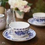 ノリタケ レトロ ティーカップ&ソーサー 青い花柄 未使用品(む3851)