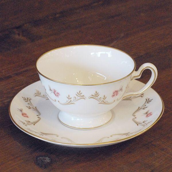 画像1: OKURA 大倉陶園 カップ&ソーサー 小花柄 ハンドデコレイト 未使用品(フ678)