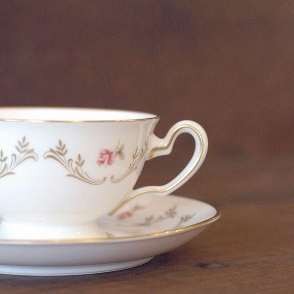 画像2: OKURA 大倉陶園 カップ&ソーサー 小花柄 ハンドデコレイト 未使用品(フ678)